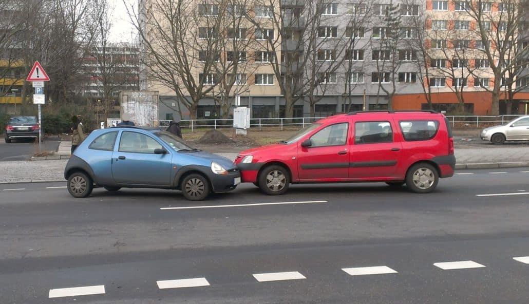 Unfallratgeber: Unverschuldeter Autounfall? Ihre Rechte und mehr.